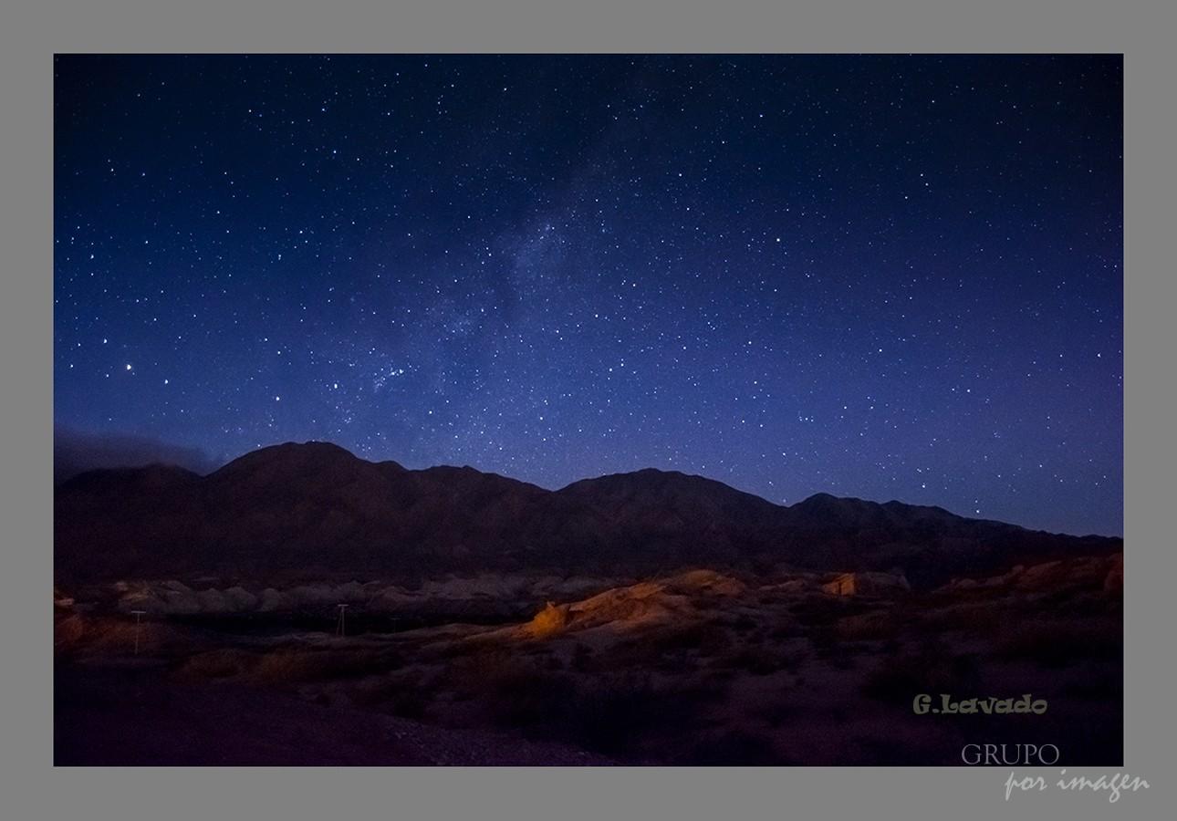 Nocturna en la Quebrada de las Conchas-Salta / Graciela Lavado