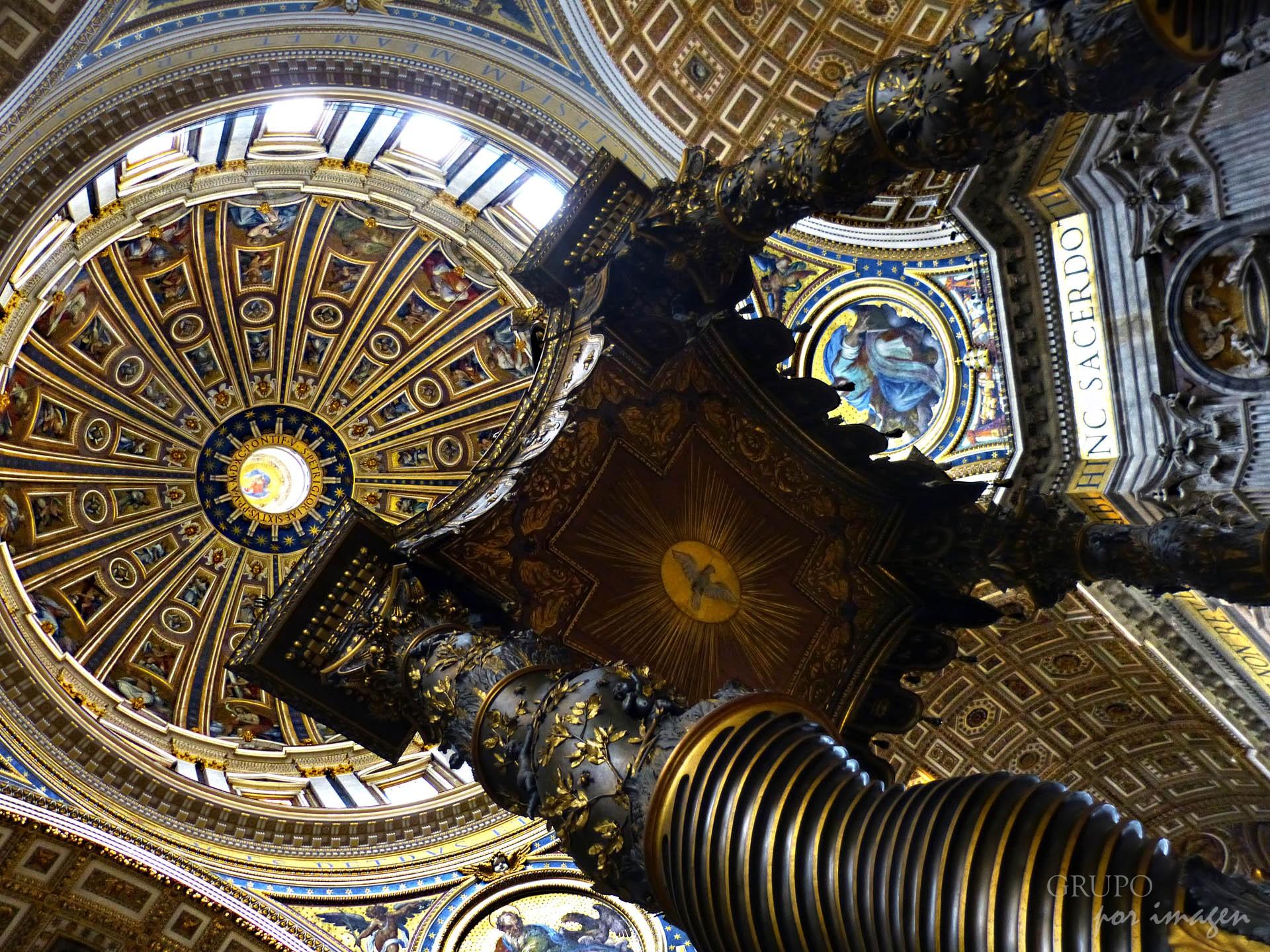 Basílica de San Pedro / Efraín David