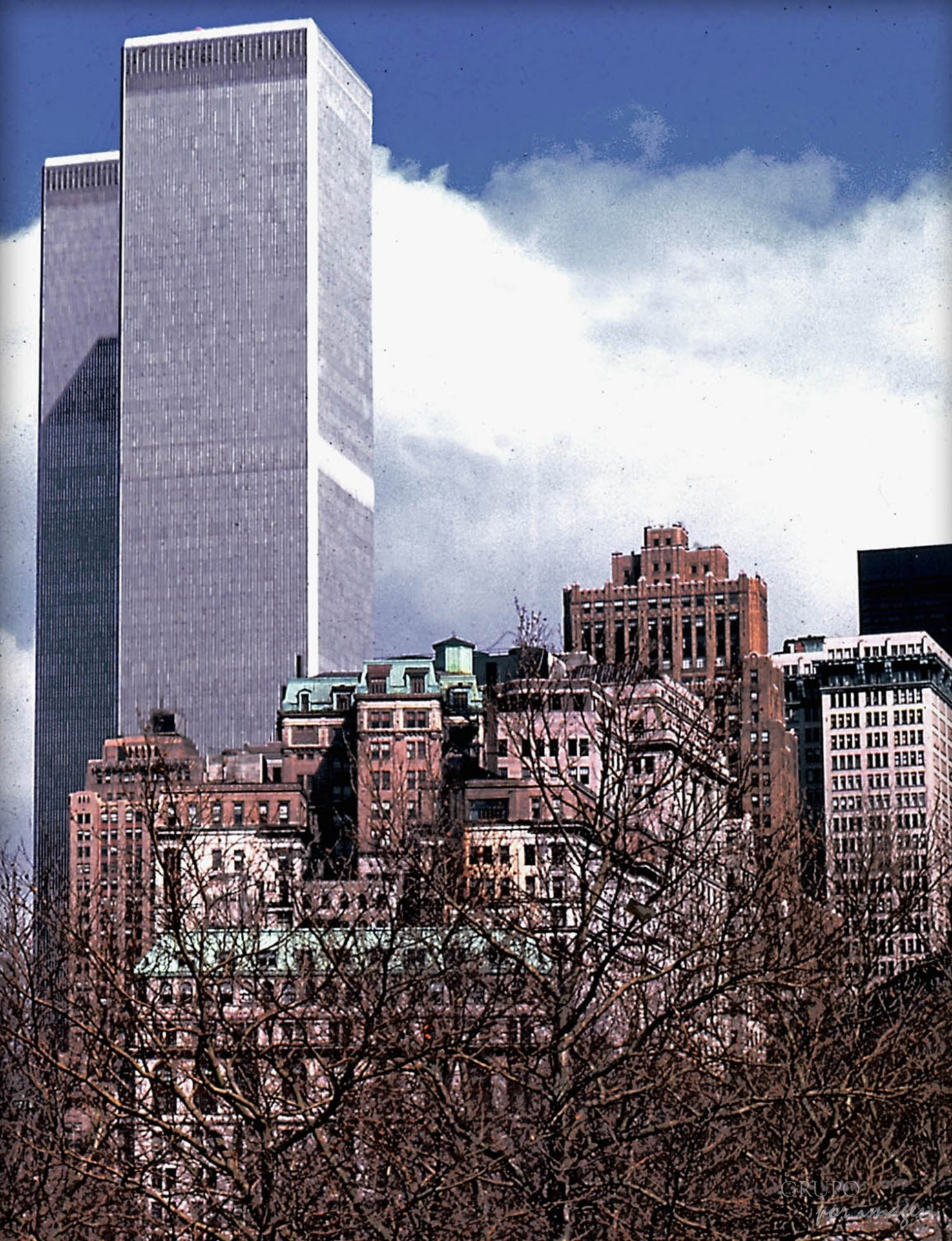 World Trade Center / Alberto Canevaro