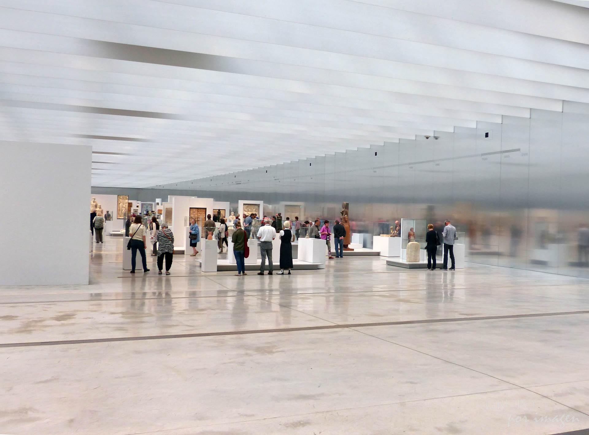 Museo de Louvre de Lens / Luis Cutín