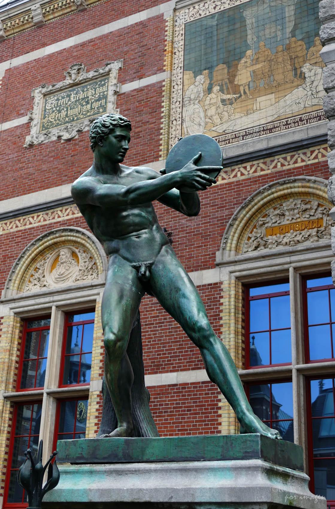 Amsterdam / Efraín David