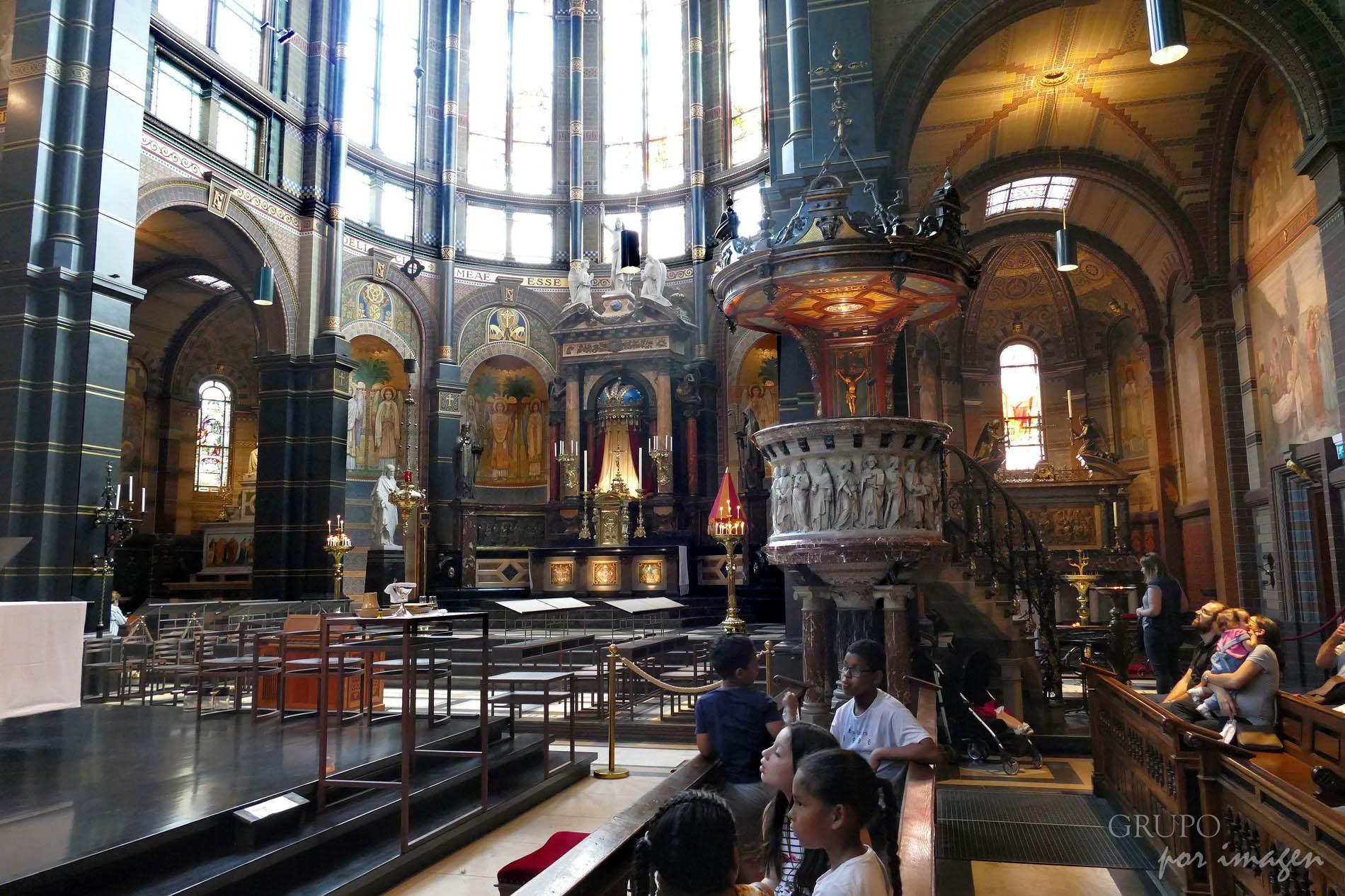Iglesia de San Nicolás- Amsterdam / Efraín David