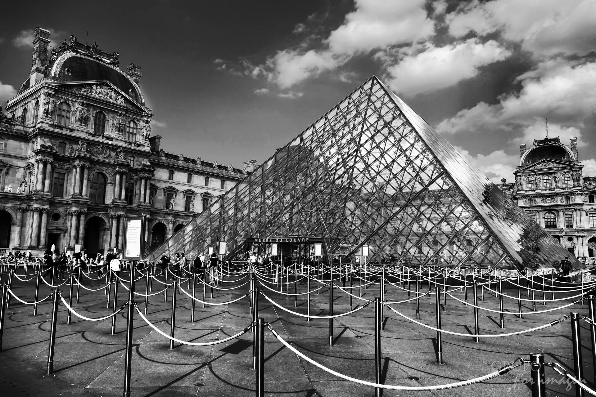 París / Efraín David