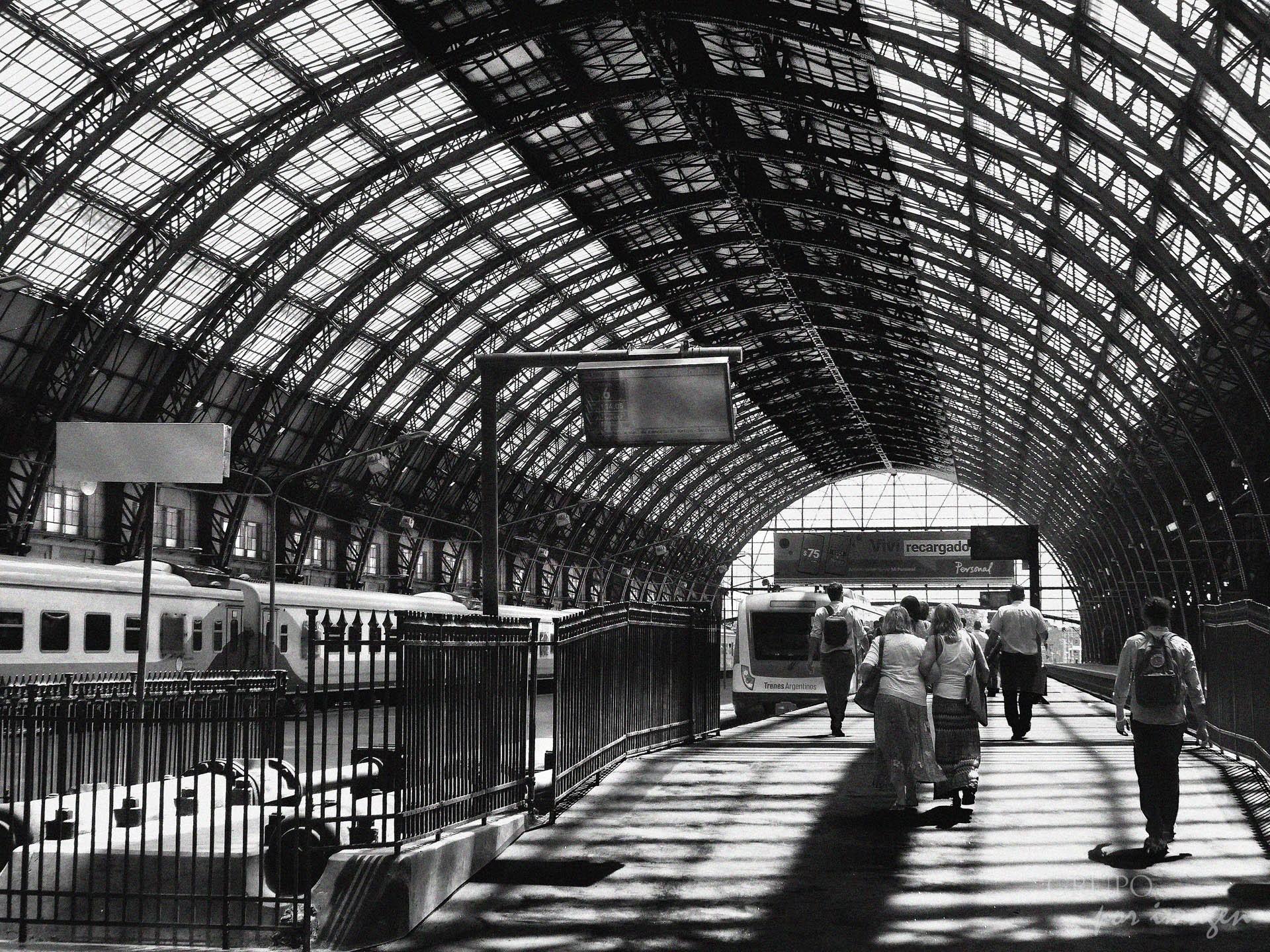 Estación Retiro (C,A,B,A.) / Efraín David