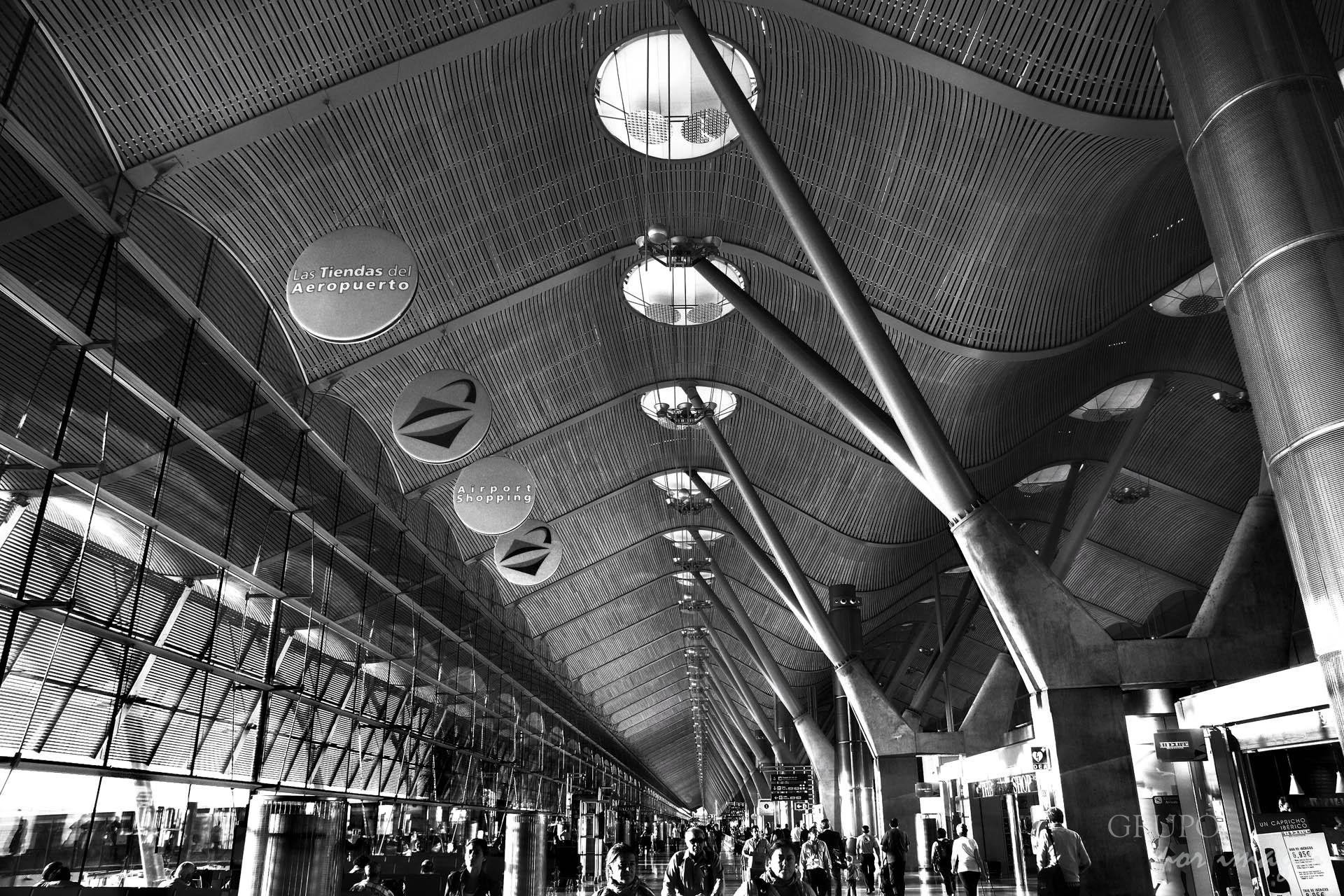 Aeropuerto de Barajas (Madrid) / Efraín David