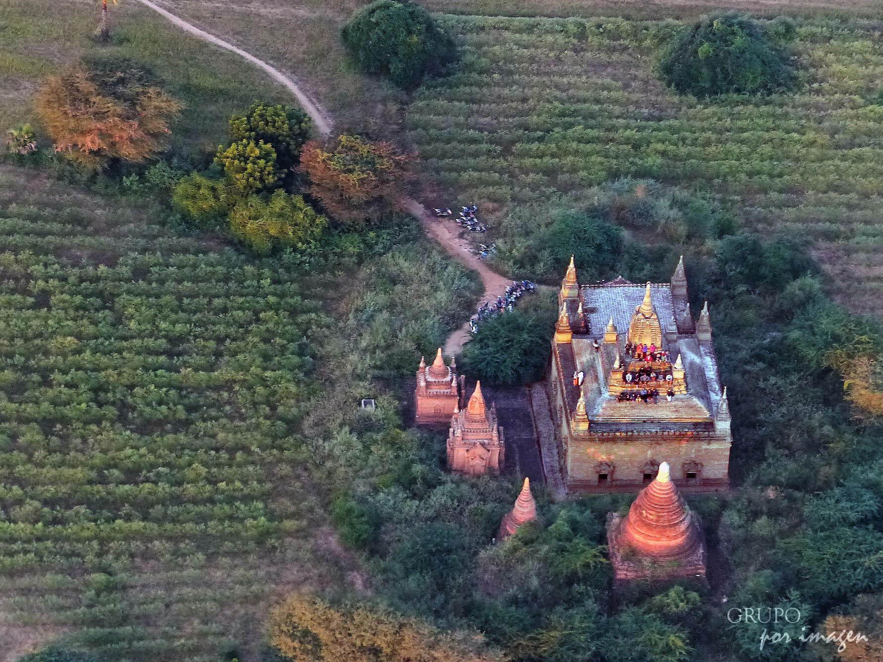 Myanmar: viaje en globo / Luis Cutín