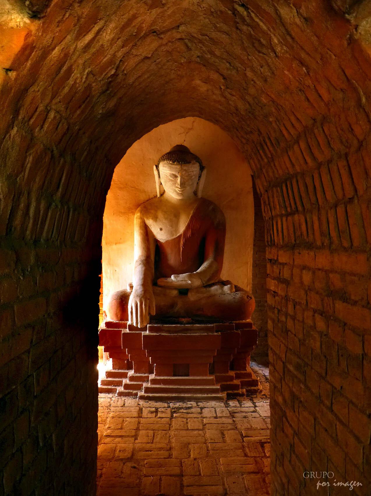 Myanmar: templos religiosos / Luis Cutín